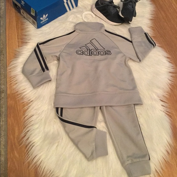 latest discount for whole family on feet at adidas Originals Baby Boy Tracksuit